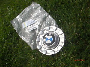 1997-2001 BMW E39 OEM BBS 528i 528 528iT 525i 525iT twist wheel center hub cap