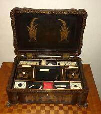 Antique boite à couture laque asiatique  Sewing Box Meiji laqué noir et or 19th