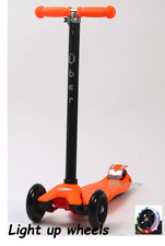 Maxi Scooter (Maxi/micro style) LIGHT UP WHEELS ORANGE Boxed Tilt n Turn 4-12yrs