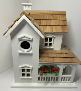 Gardeners Eden White Cottage house birdhouse with flowers excellent condition