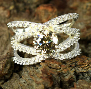 3.68 Ct Unisex Latest Collection Champagne Diamond Solitaire Ring With Accents