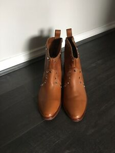 NEW Dark Tan Leather DOLCE VITA BOOTS  SIZE 9