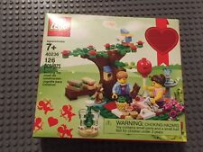 Lego  40236 Valentine's Day Picnic Set New sealed 2 minifigures store Exclusive