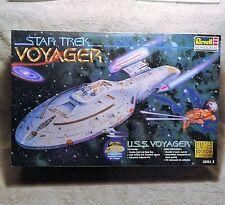 Revell 1997 Star Trek Voyager Model 85-3612 Limited Edition 1 of 20,000