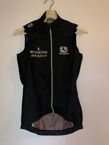 Mitchelton-Scott Pro Team Cycling Kit 2020 NEW Monsoon Lyte Rain Vest Womens S