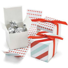 New Hbh Reversible Red & Aqua Hearts & Stripes Favor Boxes 25 pc.