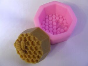 Bee & Honeycomb Silicone Soap Mould / Mold**Soapmaking**