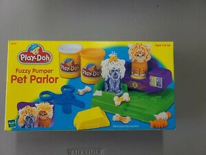 VINTAGE PLAY-DOH FUZZY PUMPER PET PARLOR NEW 1999