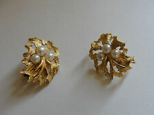 CROWN TRIFARI Signed Matte Textured Gold Tone and Pearls Clip Earrings