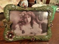 CRYSTAL JEWELED Green ENAMEL BUTTERFLY Pansy Picture Frame 4 x 6 Bling