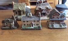Pottery Cottage X 5