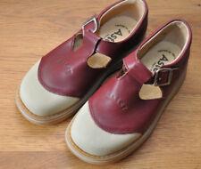Chaussure Aster bordeaux T 33 jamais porté mixte garçon ou fille