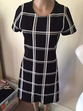 SZ XS 8 FRENCH CONNECTION STRETCH DRESS   *BUY FIVE OR MORE ITEMS GET FREE POST