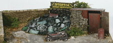 Wills SS40 Scrap Yard 1/76 Scale = 00 Gauge Plastic Lineside Kit -1st Class Post