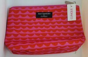 Clinique Marimekko Make Up/cosmetic/travel zipper pink/ red wave 19x6.5x14cm New