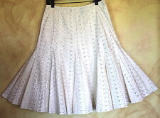 Dana Buchman -Sz 6 Feminine Romantic Full Cut-Away Eyelet Flirty Paneled Skirt