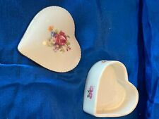 heart trinket box with lid, floral on top and sides good condition