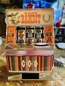 VINTAGE WEMCO ONE-ARMED BANDIT TOY SLOT MACHINE Fully Working Excellent
