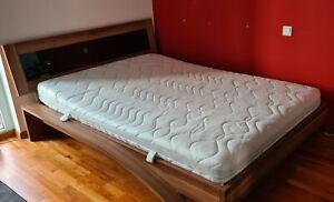 Bett 140 x 200 cm inkl. Lattenrost und Matratze Nussbaum Arte M gebraucht