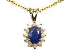 Collar de joyería con diamantes amarillo