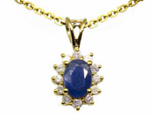 Collar de joyería con diamantes en oro amarillo diamante