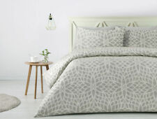Polyester Floral Quilt Covers with Three-Piece Items in Set