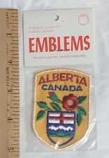 NIP Vintage Alberta Canada Wild Rose Crest Coat of Arms Souvenir Patch Badge