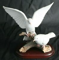 Vintage Homco 1985 Masterpiece Porcelain Mizuno Heavenly Descent Doves Figurine