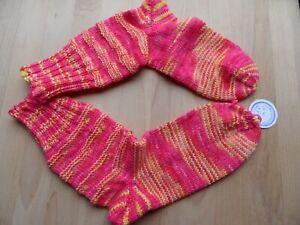 1 Paar handgestrickte Socken aus handgefärbter 6-fach Sockenwolle Gr.  40