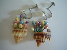VINTAGE UNIQUE FLOWERS SPROUT IN THE SEA SHELL BASKET SCREW BACK EARRINGS WOW !