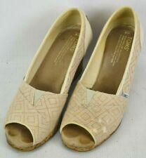 TOMS Canvas Peep Toe Wedge Heels Shoes Womens Size 8 M Tan Diamond Woven 381114