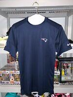 Nike Dri-Fit New England Patriots UPF 40+ Mens Shirt Blue CJ8962-419 NEW SMALL