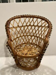 """Vintage Wicker Peacock Ratten Chair Boho 7"""" Suculant Stand Or Barbie Chair"""