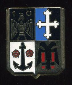 insigne a identifier ( ballard comb la ville G 461 )151