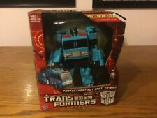 Transformers Generations, Asia Exclusive Hot Spot; Complete