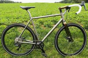 WOHO Titanium Gravel Bike with Shimano GRX RX810 and XERO Carbon Wheels