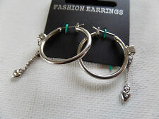 SILVER HOOP EARRINGS WITH DIAMANTE HEART CHARMS ON CHAIN 2cm New gift pouch