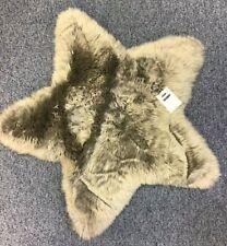 DUNLEM Grey Sheepskin Star Shaped Rug Nursery Bedroom Baby