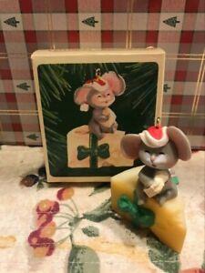 HALLMARK MOUSE ON CHEESE 1981 CHRISTMAS KEEPSAKE ORNAMENTS CUTE