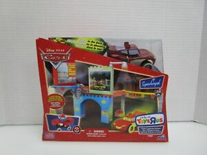NEW Toys R' Us Exclusive Disney Pixar Cars GLOW Cruisin' McQueen 7787 Mega Bloks