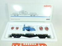 BS894-1# Märklin H0/AC 84663 Flachwagen mit Ladegut Lokomotive NEUW; OVP