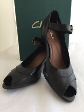 Clarks Zoya Womans Black Leather Open Toe Heel Shoes 7.5M