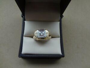 MEN'S 14K YG ROUND DIAMOND RING- SIZE 8 1/2