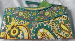 NWT Vera Bradley Making Waves Clutch in Lemon Parfait  Wrist-let/Wallet Retired
