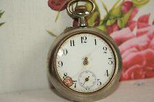 Ancienne montre à gousset en métal argenté à restaurer