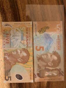 New Zealand 10 Dollars Total. New Zealand Circulated Banknote. 2 X 5 Banknotes.