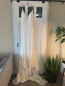 Brand New with Tags Christina Wu Ivory Lace Modern Wedding Dress size 4