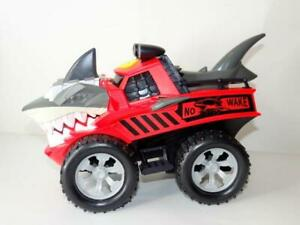 Kids Shark Chomper Monster Truck for Boys W/ Lights & Sounds Red JAWSOME JAMMER