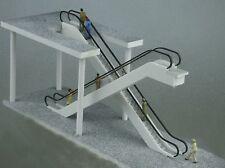 Rolltreppen, 2-geschossig, 2 Stück,  Bausatz, Spur H0, 1:87