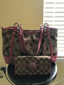 COACH~F20807 Signature Pink Alexander Jaquard Chain Tote and Wallet~